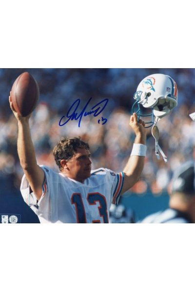 Dan Marino Signed 8x10 Photo Mounted Memories Autographed Auto Touchdown COA