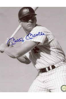 Mickey Mantle Signed 8x10 Photo Autographed posed Swing