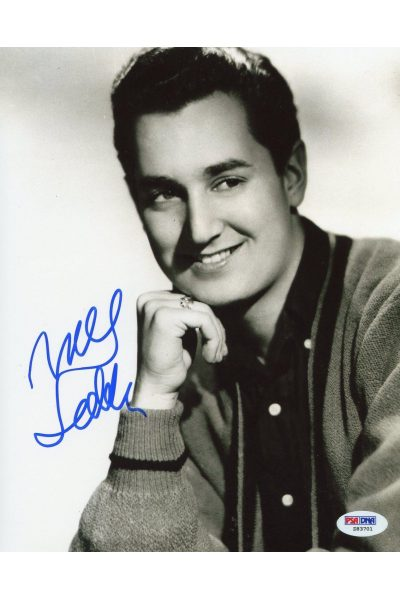 Neil Sedaka 8x10 Photo Signed Autographed Auto PSA DNA Breaking Up Is Hard to Do