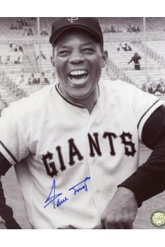 Willie Mays Signed 8x10 Photo Autographed