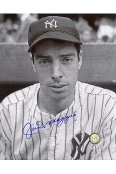 Joe DiMaggio Signed 8x10 Photo Autographed Portrait B&W 1941