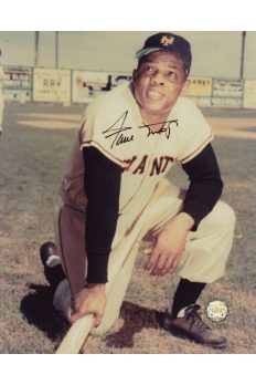 Willie Mays Signed 8x10 Photo Autographed Kneeling with Bat