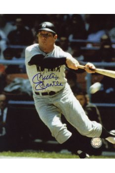Mickey Mantle Signed 8x10 Photo Autographed Bunting color