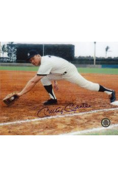 Mickey Mantle Signed 8x10 Photo Autographed Fielding at First base
