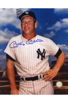 Mickey Mantle Signed 8x10 Photo Autographed Leaning on Bat