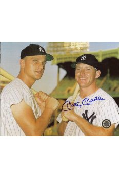 Mickey Mantle Signed 8x10 Photo Autographed with Roger Maris Posed bats on Shoulders