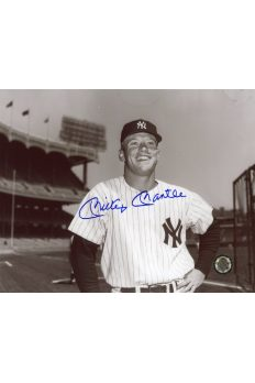 Mickey Mantle Signed 8x10 Photo Autographed Hand on Hip