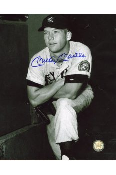 Mickey Mantle Signed 8x10 Photo Autographed Foot on Dugout Steps
