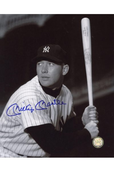 Mickey Mantle Signed 8x10 Photo Autographed Posed Batting left