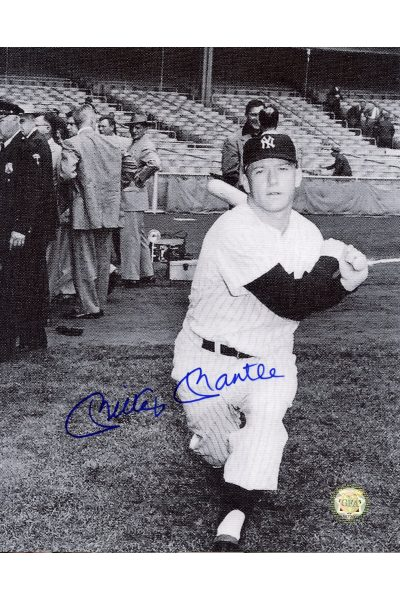 Mickey Mantle Signed 8x10 Photo Autographed Posed swingng with reporters