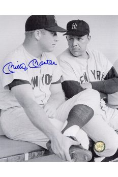 Mickey Mantle Signed 8x10 Photo Autographed in Dugout